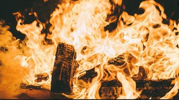 Chiêm bao thấy lửa mà không có nước thì cẩn thận với vận xui đang tới