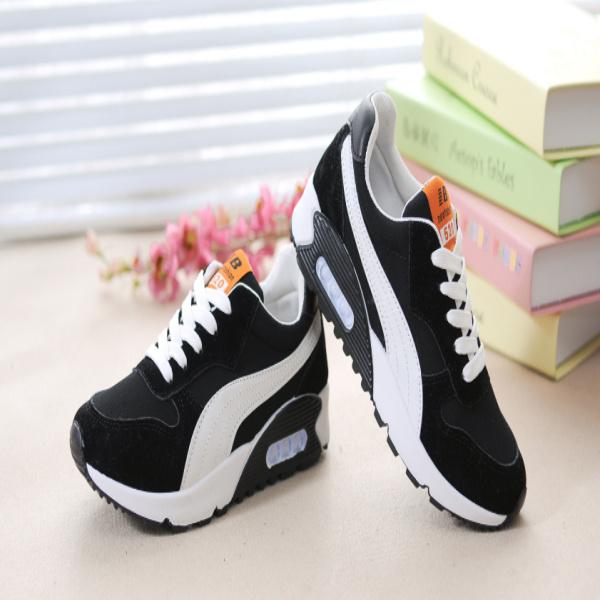 Ý nghĩa giấc mơ thấy giày bata