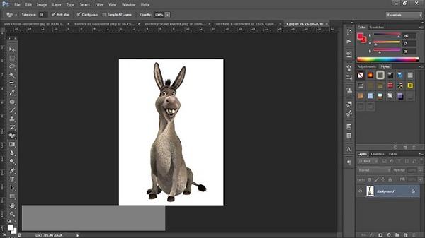 Mở ảnh cần tách lên giao diện chương trình photoshop cs6